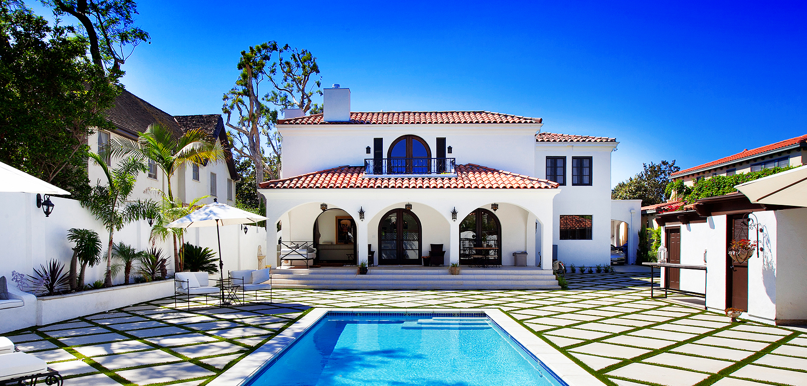 Los angeles luxury real estate beverly hills real estate for Luxury homes in hollywood hills