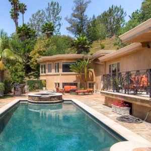 Los Angeles Luxury Real Estate is BOOMING!