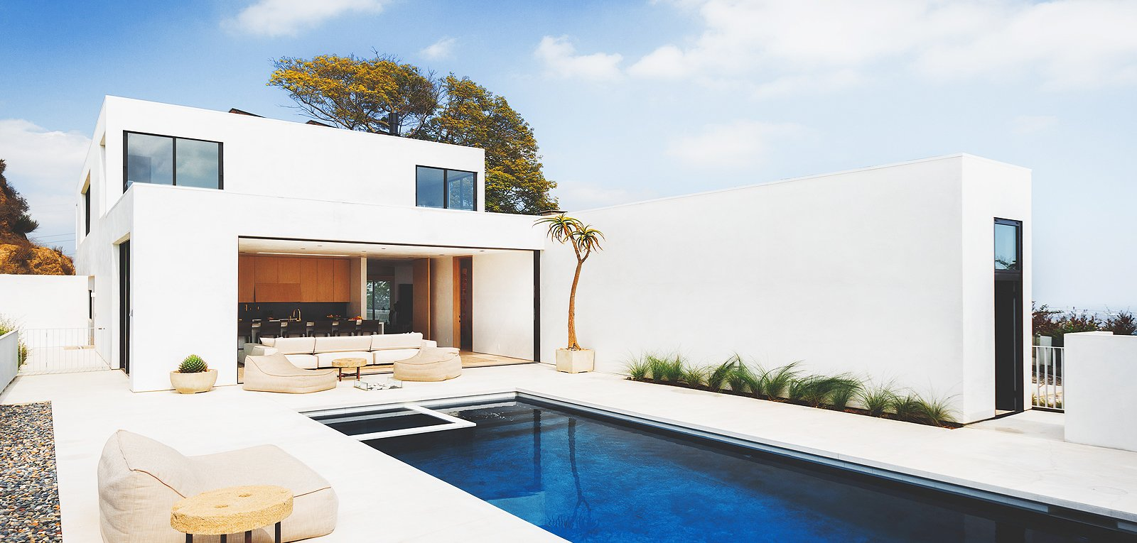 The Lux Group - Los Angeles Luxury Real Estate